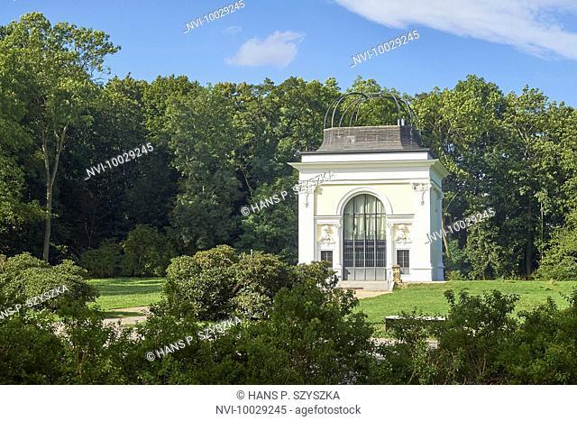 Mittelbau from the Orangerie in the Keesschenpark, Markkleeberg, Leipzig, Saxony, Germany