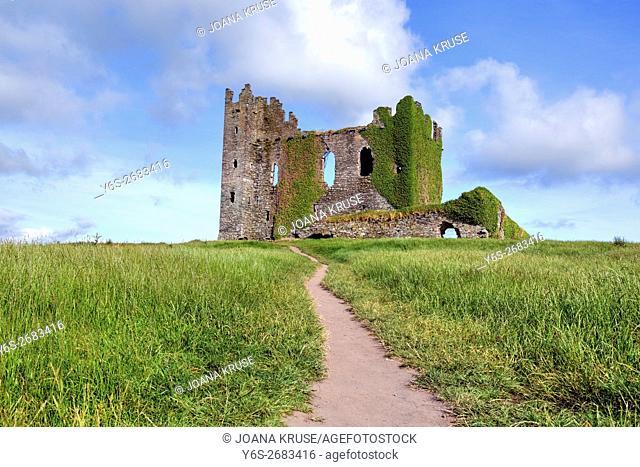 Ballycarbery Castle, Cahersiveen, County Kerry, Ireland