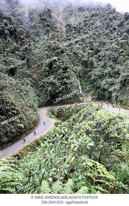 Gravity Tours, mountainbiking down Death Road from La Paz to Coroico, Bolivia