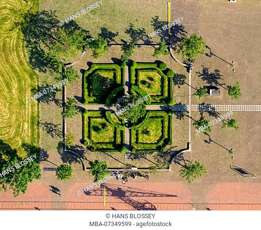 Johannes-Corputius-Platz, baroque gardens, Duisburg, Ruhr area, North Rhine-Westphalia, Germany
