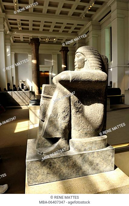 United Kingdom, London, Bloomsbury, British Museum, Grey granite statue of Roy, from Thebes, 1220 BC