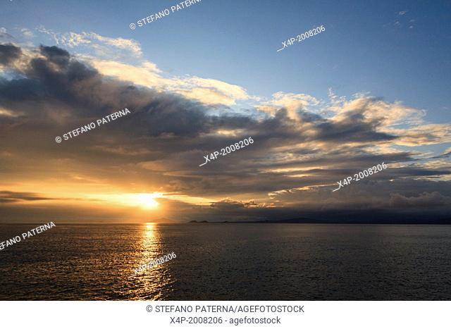 Sunset, Sullivan Bay, Santiago Island, Galapagos Islands, Ecuador