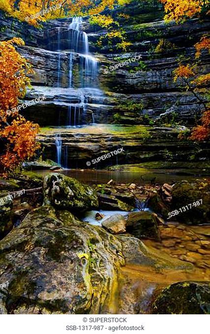 Waterfall, Liles Falls, Ozark Mountains, Ozark National Forest, Arkansas, USA