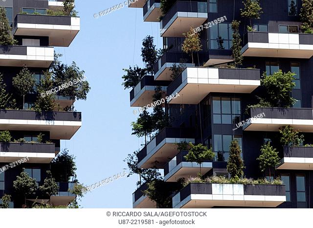 Italy, Lombardy, Milan, Bosco Verticale Residential Towers 111 Meters 78 Meters designed Boeri Studio Porta Nuova Project Business Center Milan
