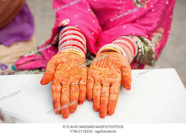 In Punjab for holidays and wedding ceremony women paint their hands with henna