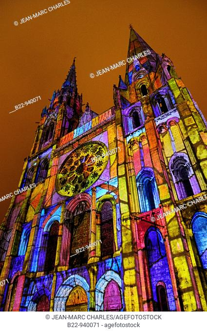 Festival of lights: royal portal of the cathedral, scenography by Xavier de Richemont, Eure-et-Loir, Centre, France