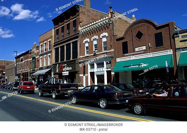 Mainstreet of Stillwater with historic homes