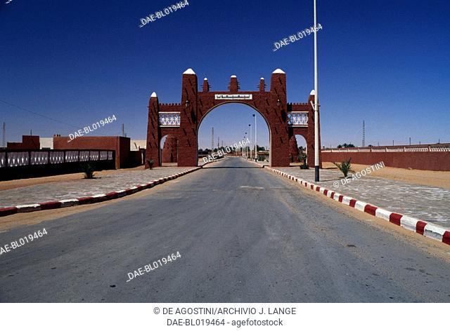 Arched entrance to the city of Timimoun, Algeria