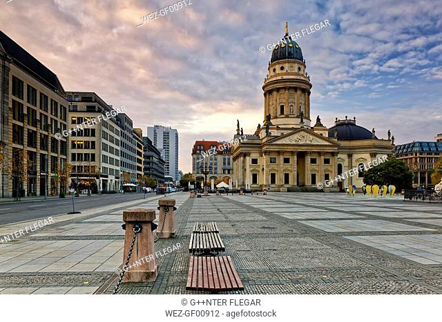 Germany, Berlin, view to German Cathedral at Gendarmenmarkt