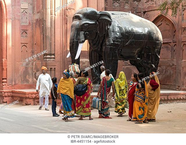 Indian people at Elephant Gate, Red Fort, Old Delhi, Delhi, India
