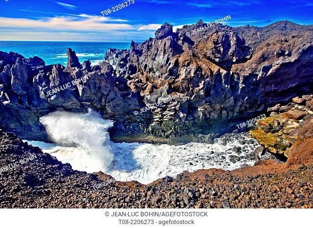 spain,canary islands,lanzarote : south west coast, los hervideros