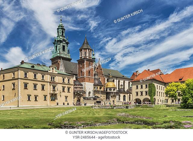 Courtyard of the Wawel. The Wawel Castle is the former residence of Polish kings in Krakow and today belongs to the UNESCO world cultural heritage, Krakow