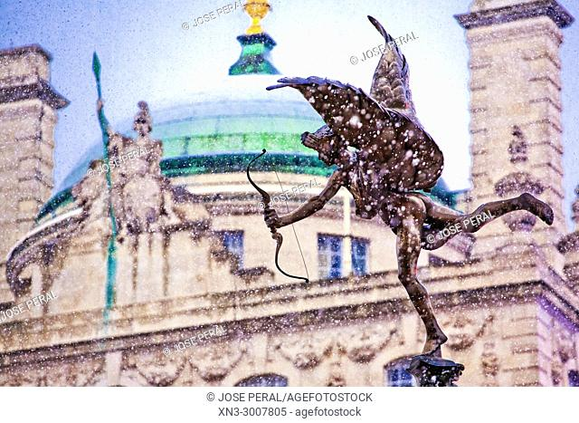 Snowing, The Angel of Christian Charity, Anteros, Often called 'Eros', on Shaftesbury Memorial Fountain, by Alfred Gilbert, Piccadilly Circus