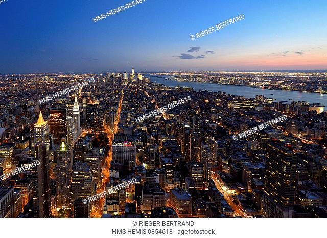 United States, New York, Manhattan, view from the Empire State Building over Southern Manhattan and the One World Trade Center (1WTC)