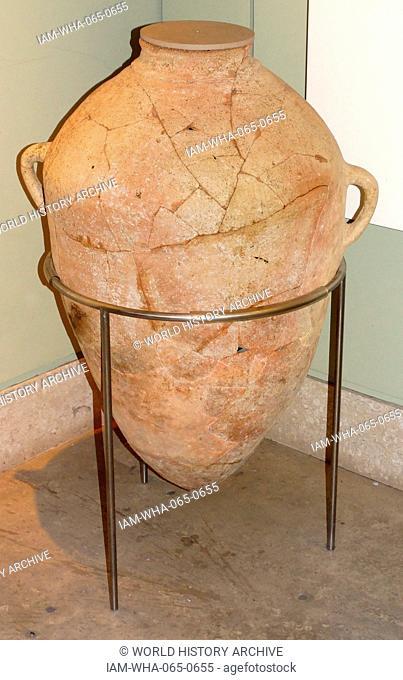 Storage jar from Tell es-Sa'idiyeh, Late Bronze Age From Stratum XIV 13th century BC. Tell es Sa'idiyeh, is identified as the biblical city of Zarethan