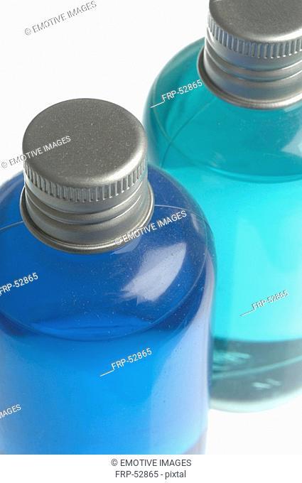 Flacons in blue