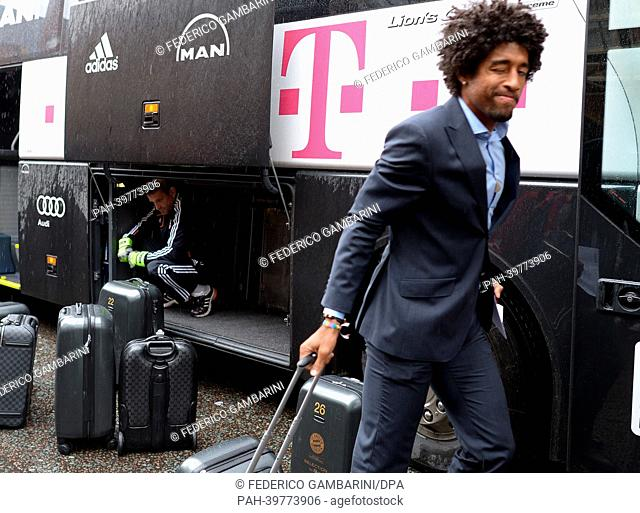 Dante of FC Bayern Munich arrives at the team hotel in London, England, on 24 May 2013. Borussia Dortmund will face FC Bayern Munich in the UEFA Champions...