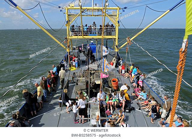 shrimper, exkursion boat for tourists, Netherlands, Texel