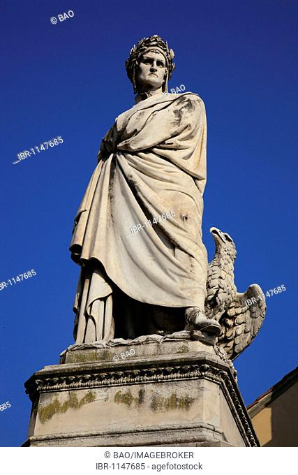 Statue of Dante at the Piazza Santa Croce, Firenze, Florence, Tuscany, Italy, Europe
