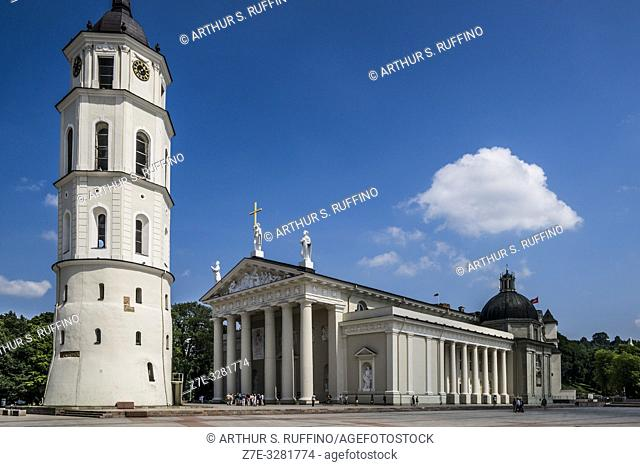 Belfry and Cathedral Basilica of St. Stanislaus and St. Ladislaus of Vilnius. Cathedral Square, Vilnius, Lithuania, Baltic States