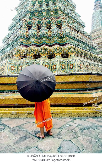 Buddhist monk at Wat Pho, Bangkok