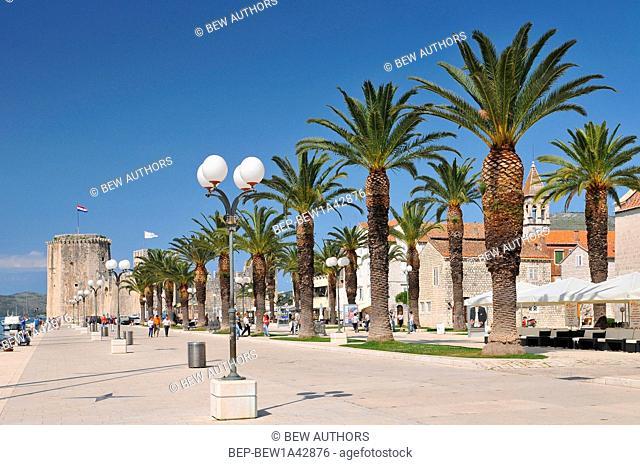 Croatia, Trogir, Main seafront promenade, Trogir, Dalmatia