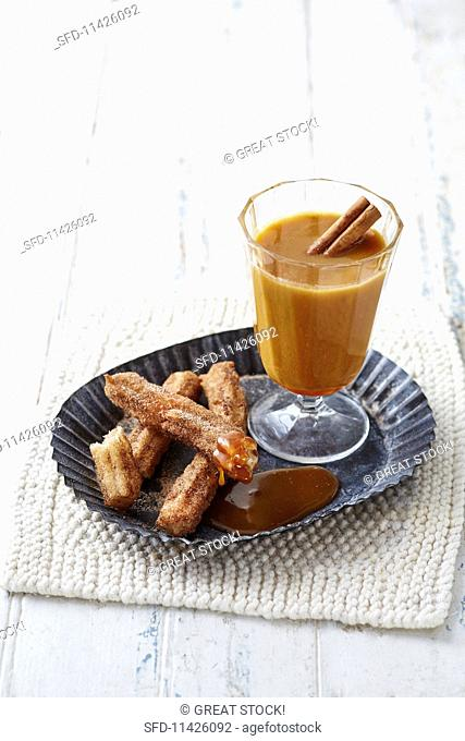 Churros with apple and caramel punch