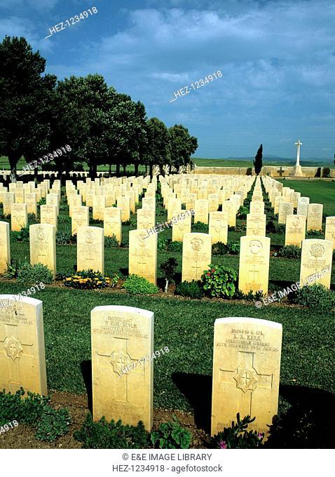 Gravestones of World War II casualities, Medjez-el-Bab Cemetery, Tunisia, North Africa. Situated 60 kilometres west of Tunis