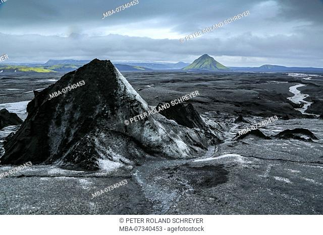 Iceland, Maellifellsandur, Maellifell Volcano, view from the Myrdals Glacier, covered with ash