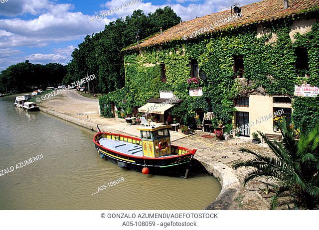 Le Somail. Canal du Midi. Aude. Languedoc-Roussillon. France