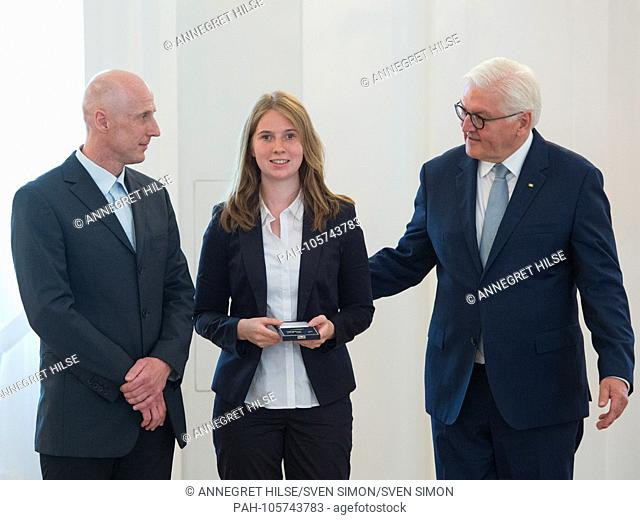 Federal President Frank-Walter STEINMEIER honors the visually impaired biathlete Clara KLUG (Muenchen) and her guide Martin HAERTL (Weilheim)
