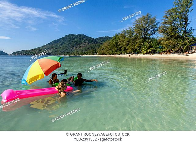 Hat Sairee Beach, Ko Tao, Thailand