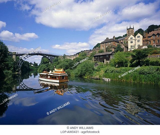 England, Shropshire, Ironbridge, A boat on the River Severn at Ironbridge