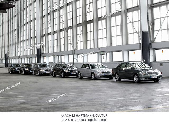 Car, group picture Luxury approx.s, Limousines, Audi A8 4.2 Quattro, model year 2002- / Lexus LS 430, Year of construction 2004- / Jaguar XJ8 4