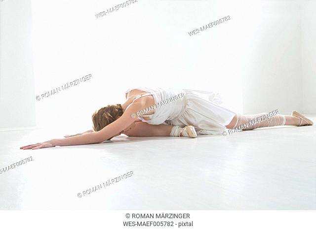 Young woman performing ballet dan