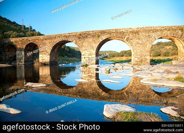 five archs bridge