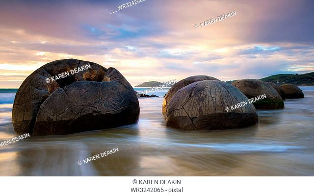 Moeraki Boulders at sunset, Koekohe Beach, Moeraki Peninsula, Otago, South Island, New Zealand, Pacific