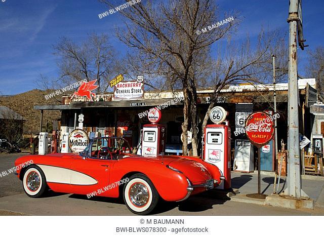 oldtimer at a fuel station, USA, California