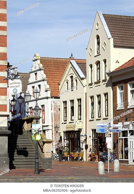 Historical gabled house, Rathausstrasse, Leer, Eastern Friesland, Lower Saxony, Germany, Europe
