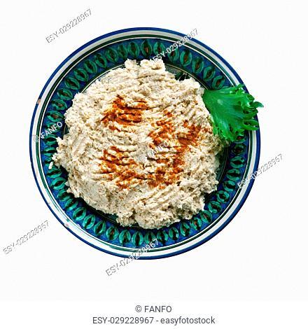 Cherkes tavugu - Chicken on the Circassian In Walnut Sauce