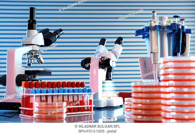 Medical samples and microscopes