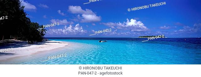 Tropical Beach, Ihuru, Maldives
