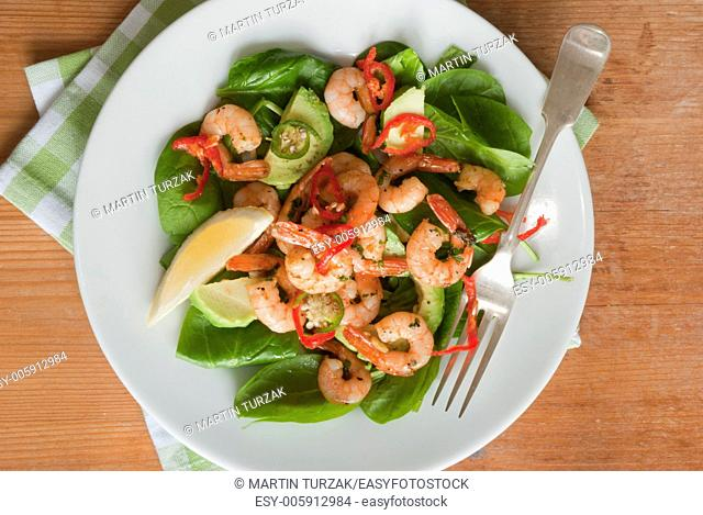 Prawn, spinach and avocado salad