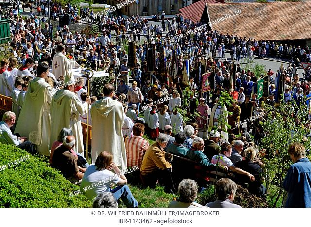 Out door service after finding the Saint Englmar, tradition of Englmarisuchen, looking for Saint Englmar, St. Englmar, Bavarian Forest, Lower Bavaria, Bavaria