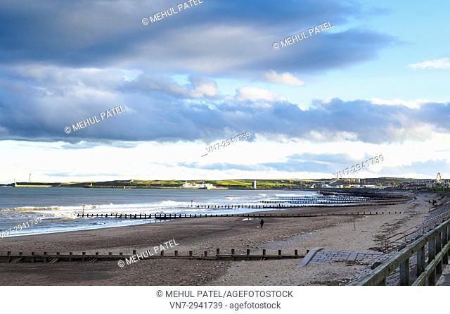 Wide shot of Aberdeen beach on a cold windy day - Scotland