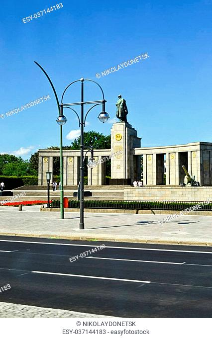 Monument to Soviet soldiers in Berlin