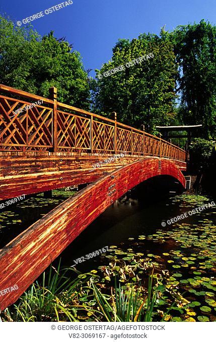 Japanese Garden bridge, Lake Sacajawea Park, Longview, Washington