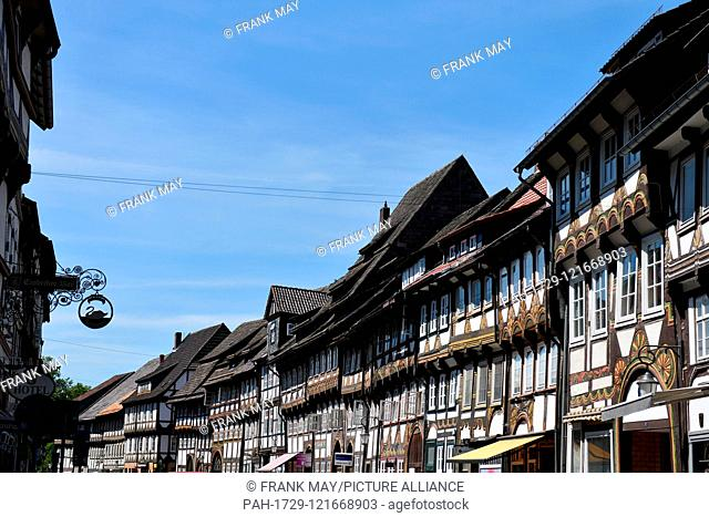 Historical frame houses, Germany, city of Einbeck, 24. June 2019. Photo: Frank May | usage worldwide. - Einbeck/Niedersachsen/Germany
