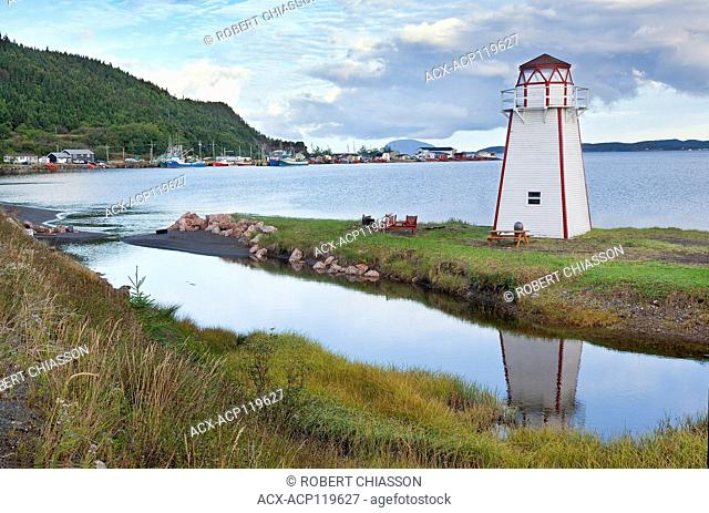 Lighthouse and shoreline at Frenchman's Cove (Bay of Islands), Newfoundland, Canada