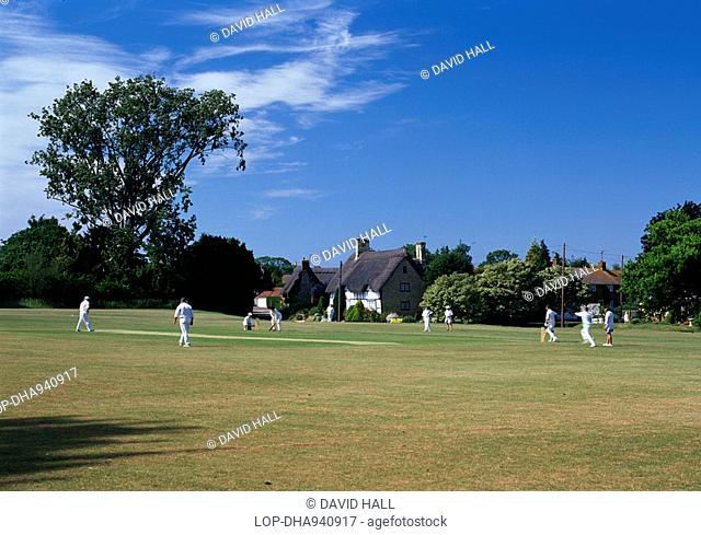 England, Worcestershire, Elmley Castle, A Sunday afternoon cricket match in the village of Elmley Castle
